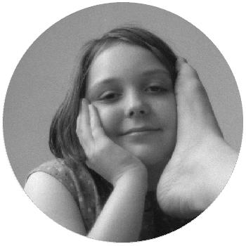 Premières photos, en noir et blanc